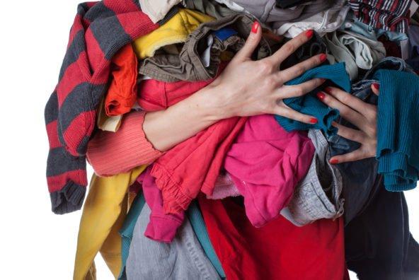 Vêtements, vaisselle: comment gagner de l'argent en vidant ses placards?